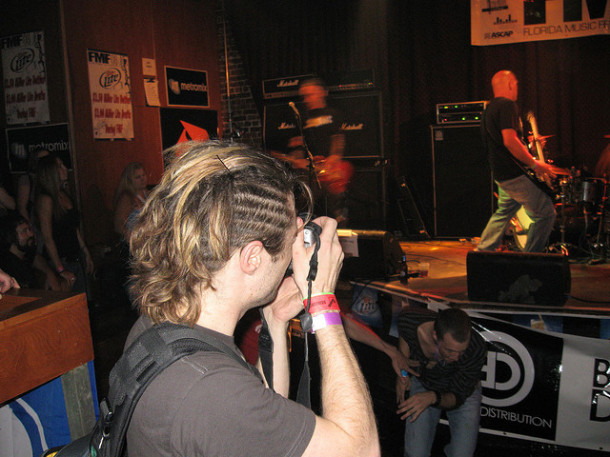 photo-live-concert-AM-Conspiracy-FMF-17-May-2008