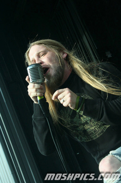 photo-Ryan-McCombs-vocal-Drowning-pool-Enemy