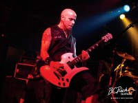 photo-CJ-Pierce-guitar-player-Drowning-Pool