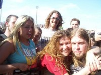 photo-Drowning-Pool-concert-fans